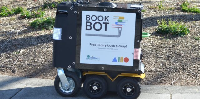 Le Book Bot de la bibliothèque de Mountain View